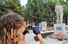 Памятник Маяковскому обошелся городу в 500 тыс. рублей
