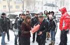 Жители Самары передали подписи в защиту самарского времени депутатам губернской думы