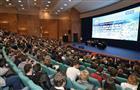 """Дмитрий Азаров: """"Наставничество должно сыграть ключевую роль в подготовке кадров"""""""