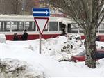 На ул. Демократической в Самаре столкнулись трамваи