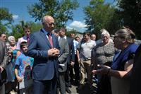 Жители Красной Глинки поблагодарили Николая Меркушкина за новую набережную