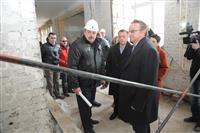 Владимир Пылев ознакомился с ходом капремонта средней школы № 81 Самары