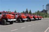 Николай Меркушкин вручил 20 пожарных машин муниципальным районам области