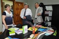 Александр Нефедов посетил областной центр помощи семьи и детям