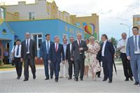 """Губернатор Николай Меркушкин посетил новый микрорайон """"Южный город"""""""