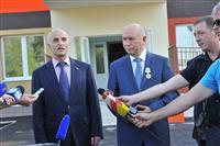 """Ростислав Хугаев и Николай Меркушкин посетили микрорайон """"Волгарь"""""""