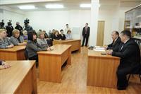 Владимир Артяков поздравил учителей губернии с профессиональным праздником