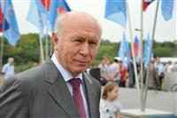 Николай Меркушкин принял участие в закладке памятного камня в основание строительства крытого катка с искуственным льдом в районе озера Сакулино