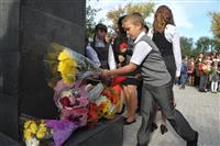 В самарской школе №134 открыли памятник герою войны