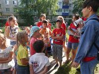 """В Чапаевске проходят дворовые фестивали """"Дети – детям"""""""