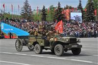 Военная техника на площади им. Куйбышева