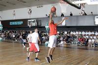 Звезда НБА Роберт Орри поучаствовал в открытии спортзала в Тольятти