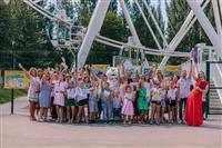 Выставка детских рисунков в Парке Гагарина