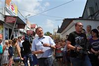 Борис Титов провел встречу с предпринимателями рынка на пересечении ул. Ташкентской и пр. К. Маркса