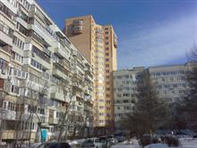 В Тольятти дом-вставка разрушает соседний дом на Цветном бульваре