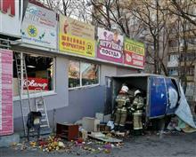 В результате взрыва у самарского ТЦ госпитализирован один человек