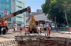 На Волжском проспекте после перекладки канализации разрушился новый колодец