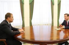 Дмитрий Азаров и Игорь Комаров обсудили реализацию нацпроектов и подготовку к юбилею первого автомобиля АвтоВАЗа