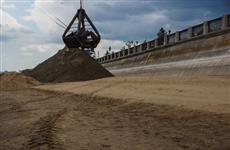 На самарские пляжи начали завозить песок