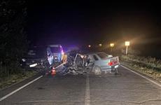 Два человека пострадали в ДТП с легковушкой и Toyota Land Cruiser