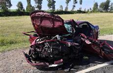 В массовом ДТП с грузовиком на М-5 один человек погиб и трое пострадали