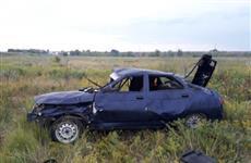 """Водитель """"двенадцатой"""" опрокинул машину в кювет в Тольятти"""