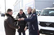Ульяновским больницам передали восемь автомобилей