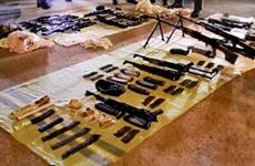 Автоматы и пулеметы: в Новокуйбышевске в автомобиле обнаружен арсенал оружия