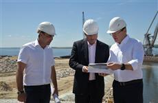 Дмитрий Азаров и Игорь Комаров посетили площадку строительства моста у Климовки