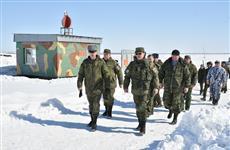 Дмитрий Азаров принял участие в военных сборах в поселке Рощинский