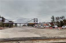 Ремонт дороги перед Кировским мостом затягивается из-за перекладки ж/д путей