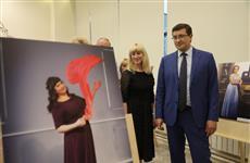 """Глеб Никитин: """"Фотовыставка дает возможность увидеть наших медиков в необычном для пациентов ракурсе"""""""