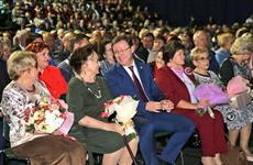Глава региона поздравил педагогов Самарской области с Днем учителя