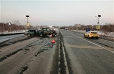 Во встречном ДТП в Волжском районе пострадали три человека