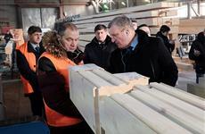 Игорь Васильев посетил одно из крупнейших в России предприятий по производству домов из клееного бруса