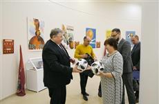 Владимир Волков передал в музей ЧМ-2018 мяч с автографом Криштиану Роналду