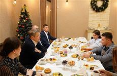 Радий Хабиров встретился с известным общественным деятелем, спортсменом, блогером Рустамом Набиевым