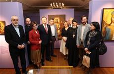 Дмитрий Азаров открыл всероссийскую выставку легендарного живописца Григория Журавлева