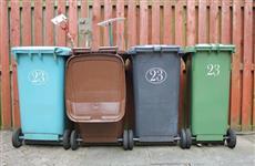 Суд вынес очередное решение против платы за мусор по факту