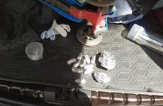 Задержанный с наркотиками сотрудник УФСИН уверяет, что хранил их для себя