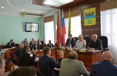 Горсовет Оренбурга принял отставку мэра Евгения Арапова
