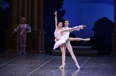 В театре оперы и балета покажут спектакль о Галине Улановой