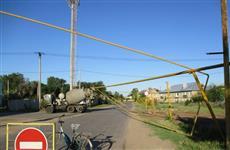 В Рождествено КамАЗ снес газопровод
