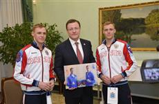 Дмитрий Азаров поздравил братьев Бородачевых с победой на чемпионате мира по фехтованию