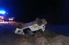 Под Самарой Volkswagen улетел в кювет, два человека погибли