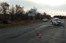 Четыре человека пострадали при столкновении Lada Granta и Lada Priora в Самарской области
