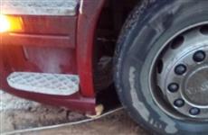 В Сызранском районе под колесами грузовика погибла женщина