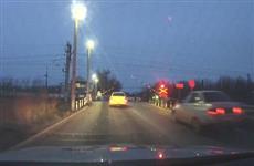 Под Самарой полицейским пришлось стрелять по колесам машины нарушителя