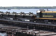 Во время учений в Самарской области построили понтонный мост через Волгу