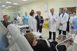 Николай Меркушкин посетил новый гемодиализный центр в Тольятти